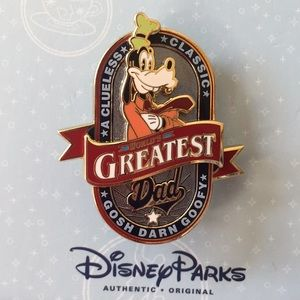 "Disney Parks Goofy ""World's Greatest Dad"" Pin"
